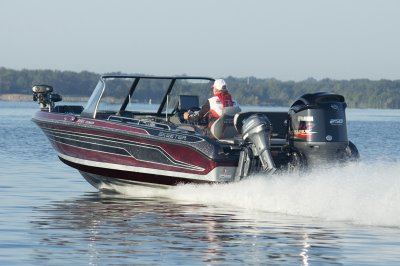 the wx2060 is a fast deep v fishing boat