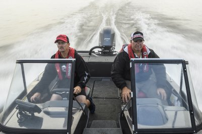 yamaha four stroke pushes big walleye boat across lake