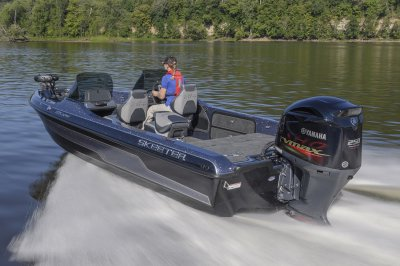 yamaha sho bolted to the strongest transom in the industry
