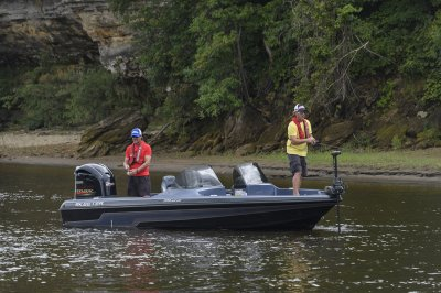 chasing walleye and pike in the mx 2040