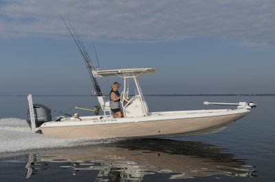 24 foot bay boat with T top
