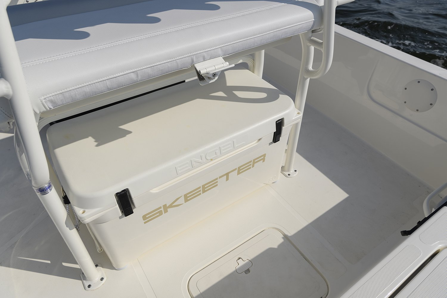 2018 Skeeter Sx210 Bay Boat For Sale Yamaha 60 Hp Wiring Diagram Engel Cooler Come Standard On This Affordable