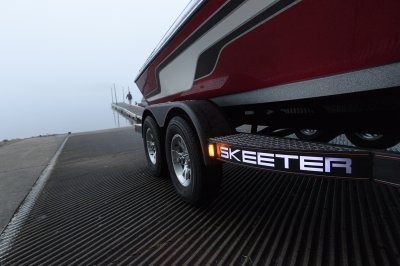 skeeterbuilt trailer launches muskie boat