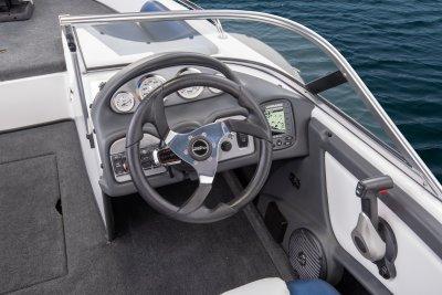 2019 Skeeter sl 210 Fish n Ski Boat