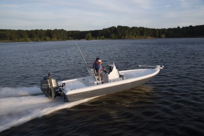 skeeter sx240 bay boat running down river