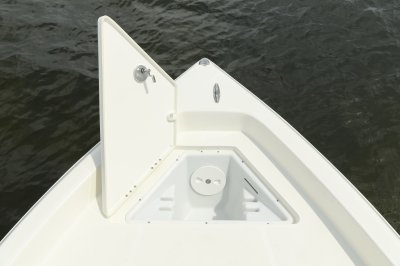 SX2250 bay boat front anchor storage