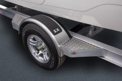 aluminum fender on skeeter built trailer