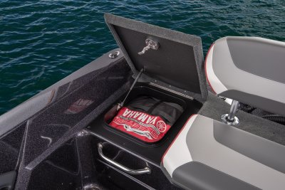 2019 WX2200 Deep-V Boat