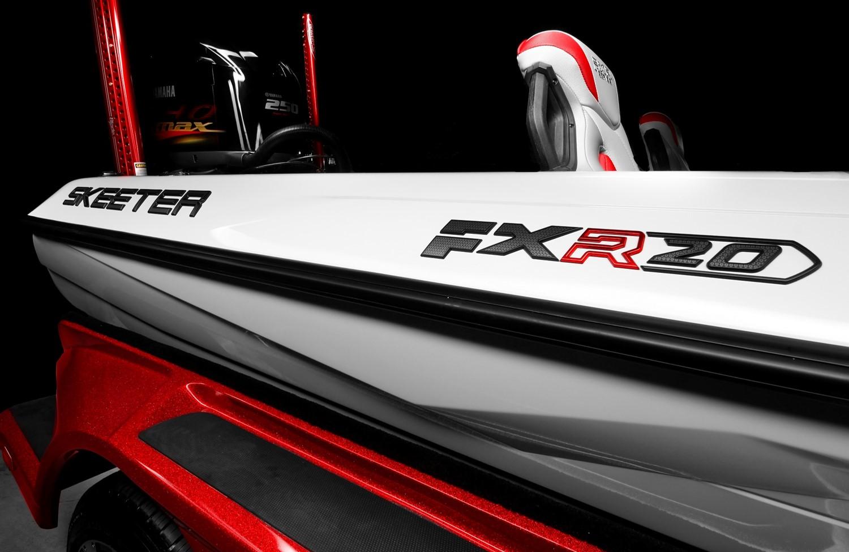 Studio image of the Skeeter FXR 20 Bass Boat