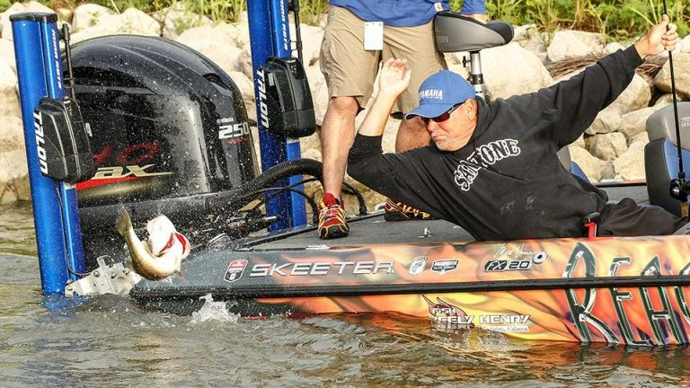 Skeeter Pro Team at the Bass Masters Classic